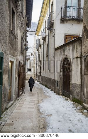Pictorial Old Streets Of Italian Villages, Scanno, Abruzzio Italy