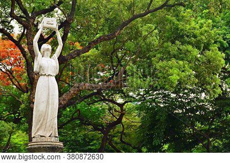 Manila, Ph - June 2 - University Of Santo Tomas Fountain Of Knowledge Statue On June 2, 2018 In Mani