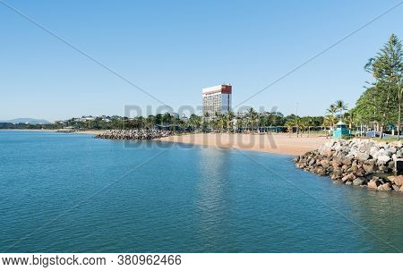 The Tropical Beach And Strand Park With One Of The Few High Rises Built On The Strand, Townsville, N
