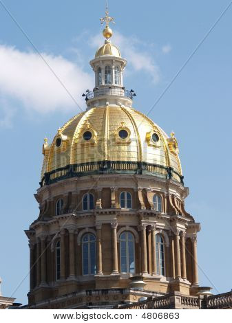 Top Of Capital Building In Iowa