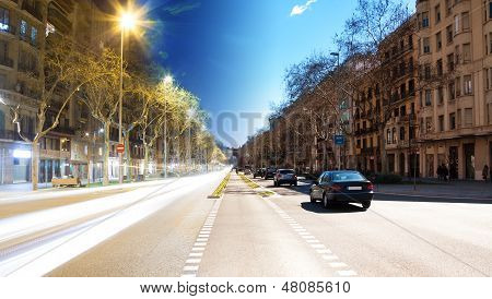 Barcelona Boulevard, Day And Night