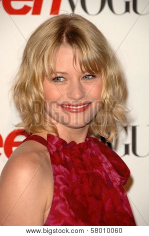 Emilie de Ravin  at the Teen Vogue Young Hollywood Party. Los Angeles County Museum of Art, Los Angeles, CA. 09-18-08