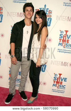 David Henrie and Selena Gomez  at the VH1 Rock Honors Party. Intermix Boutique, Los Angeles, CA. 07-11-08