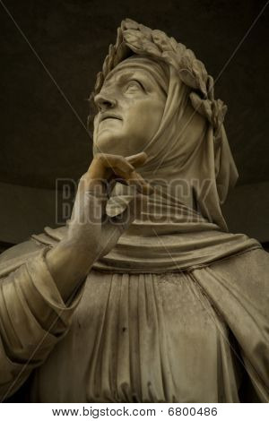 marble sculpture of Francesco Petrarca, Gallery, Uffizi, Museum, literature, world, poet, poetry