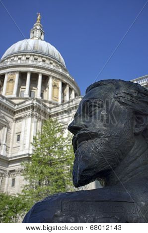 LONDON, UK - APRIL 15, 2014: John Donne bronze bust located at St. Paul's Cathedral, made by Nigel Boonham.