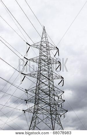A high voltage transmission line