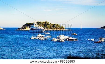 Hvar, Croatia - August 12: Many Boats And Yachts Anchored In The Summer Near The Island Of Hvar On A