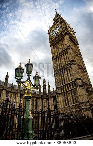 Big Ben And The Lamp Post In London