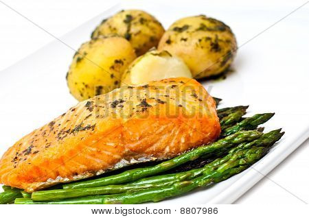 Salmon And Asparagus Served With Potatoes