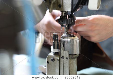 Sewing machine shoes