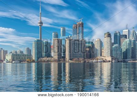 Beautiful Toronto skyline with CN Tower over lake. Canada.