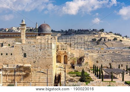 View of Al-Aqsa Mosque on Temple Mount in Jerusalem Old City.