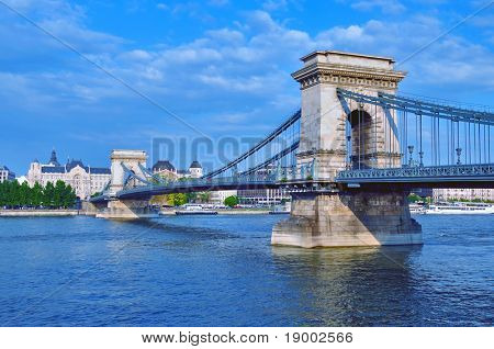 Budapest - puente de las cadenas