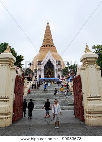 Thai People Visit And Respect Pray Buddha Relics (sarira) And Chedi At Wat Phra Pathommachedi