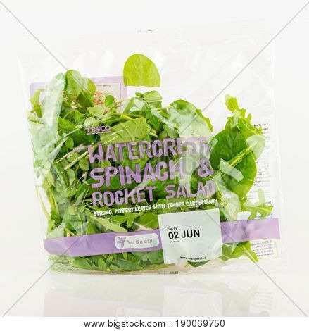 Tesco Bag Of Watercress, Spinach And Rocket Salad.