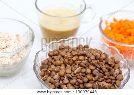Lentil Burger Preparation : Ingredients to prepare lentils burger