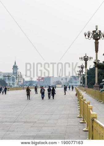 People And View Zhengyangmen East Railway Station