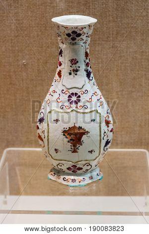 Chinese Vase In Chen Clan Ancestral Hall