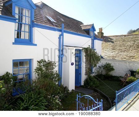 Port Isaac, Cornwall, Uk - April 8Th 2017: Pretty Traditional Blue And White Cornish Village House I