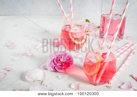 Light Rose Cocktail, Rose Wine