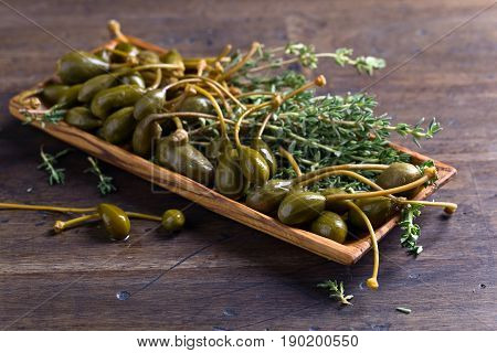 Canned Capers And Thyme