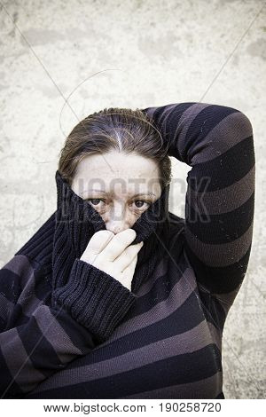 Rare girl covered with striped sweater detail