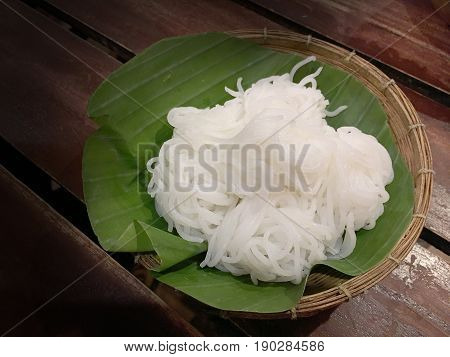 Thai Vermicelli Eaten With Curry, Thai Food, Rice Vermicelli In Basket With Banana Leaf, Still Life