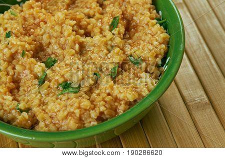 Jireesh - Kuwaiti cracked wheat soup. close up.