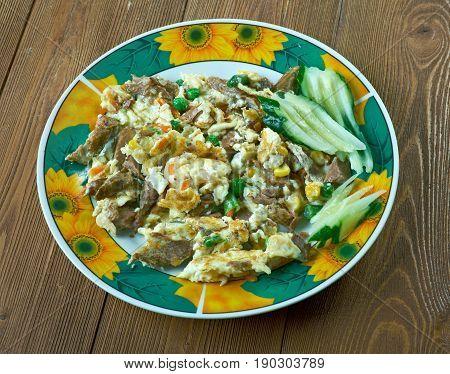 Machacado Con Huevo