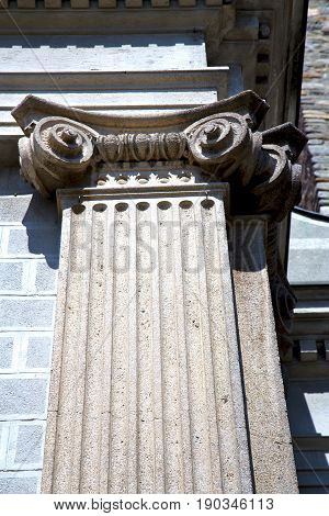 Wall Milan   Italy Old   Church Concrete Wall  Doric