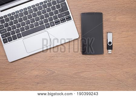 Laptop Top With Smart Phone And Usb Stick