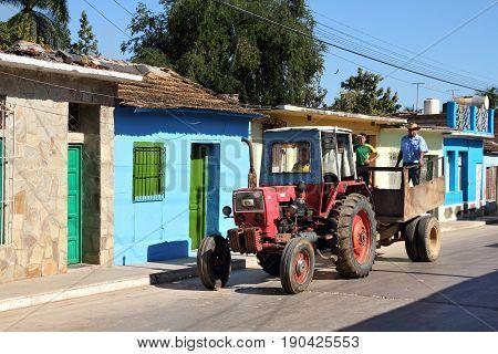 Cuba Tractor