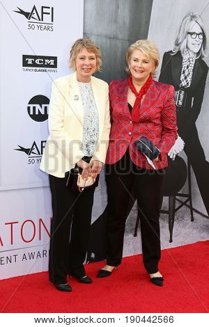LOS ANGELES - JUN 8:  Diane English, Candice Bergen at the American Film Institute's Lifetime Achievement Award to Diane Keaton at the Dolby Theater on June 8, 2017 in Los Angeles, CA