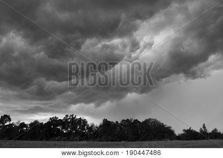 Turbulent skies on the leading edge of a storm