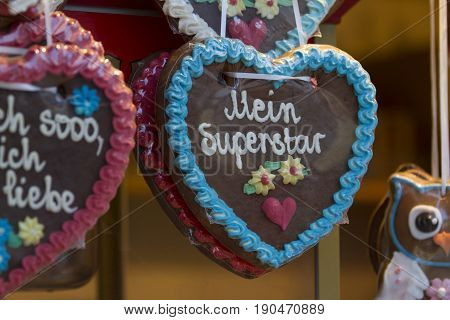 Gingerbread Hearts on german christmas market in detail