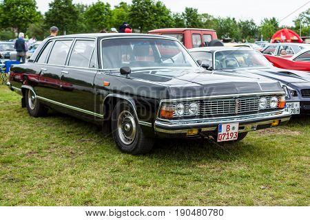 PAAREN IM GLIEN GERMANY - JUNE 03 2017: Soviet full-size luxury car GAZ-14 Chaika. Exhibition