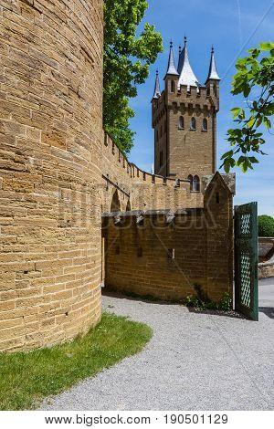 Burg Hohenzollern German European Castle Architecture Ancient Destination Travel Famous Swabia Featu
