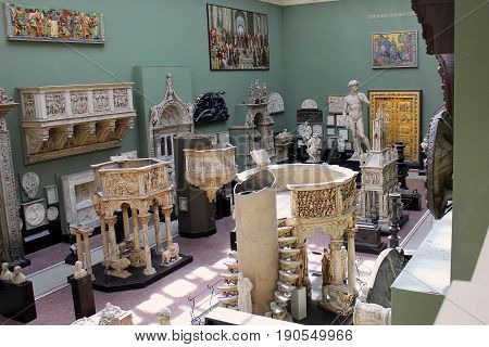 LONDON, ENGLAND - May 24,2017: one of the halls of religious sculpture in the Victoria and Albert Museum, London, UK