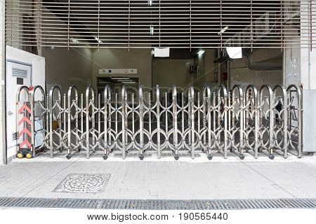 Expanding Scissor Barrier For Car Park Entrance