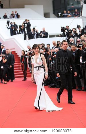 Juliette Binoche attends 'Amant Double (L'Amant Double')' Red Carpet Arrivals during the 70th annual Cannes Film Festival at Palais des Festivals on May 26, 2017 in Cannes, France.