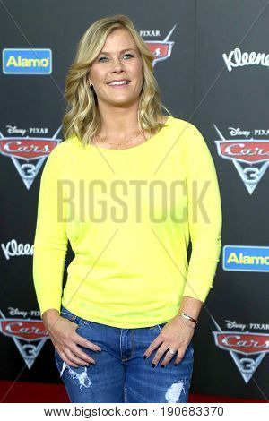 LOS ANGELES - JUN 10:  Alison Sweeney at the
