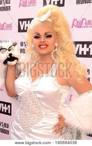 LOS ANGELES - JUN 9:  Jaymes Mansfield at the RuPauls Drag Race Season 9 Finale Taping at the Alex Theater on June 9, 2017 in Glendale, CA