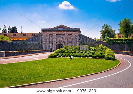 Peschiera Del Garda City Gate View