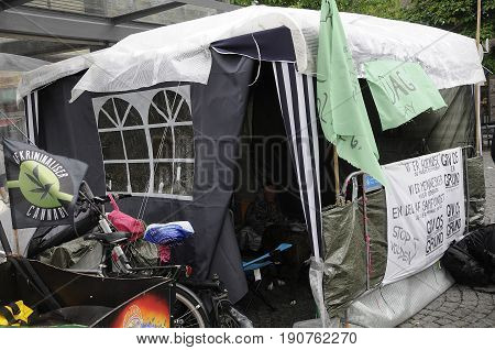 Copenhagen /Denmark - 12 June 2017. Copenhagen city council has not find yet colustion for homeless danes thoue at settled in tent at Christianhaven torv. (Photo.Francis Joseph Dean/Deanpictures)