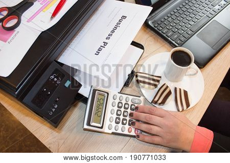Small business with low startup cost. Business growth pictures. How to start own small business
