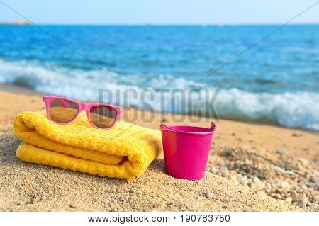 Travel objects for vacation at the beach