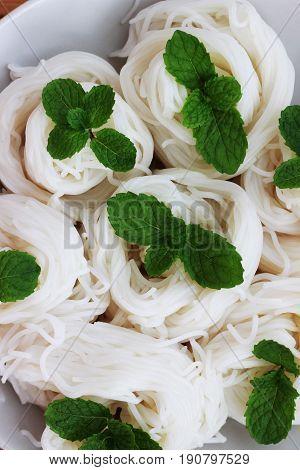 Thai-rice-flour noodles (kanom Jeen) that is still without sauce sauce