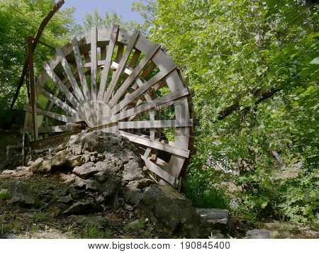 Waterwheel  near Price's Falls, Oklahoma A waterwheel stands close to Price's Falls in Murray County, Oklahoma