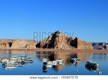 Lake Powell with houseboats near Page, Arizona