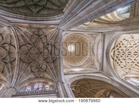SEGOVIA SPAIN JUNE - 3 2017: The crossing of naves of Cathedral Nuestra Senora de la Asuncion y de San Frutos de Segovia take in Segovia Spain